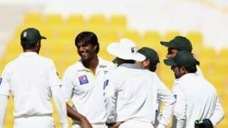 Pakistan need 2 wickets to beat New Zealand