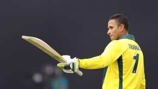 ख्वाजा शतक से चूके, आखिरी वनडे में पाकिस्तान के सामने 328 रन का लक्ष्य