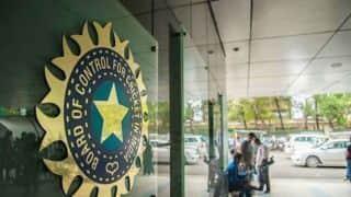 पहली बार बीसीसीआई ने आईओए के ऑफिस जाकर दी शुभकामनाएं