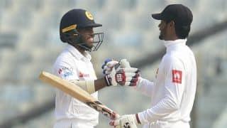 De Silva, Mendis partnership takes Sri Lanka to 295-1 at lunch, Day 3