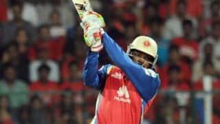 Parthiv Patel dismissed in Royal Challengers Bangalore vs Sunrisers Hyderabad, IPL 2014