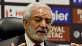 Ehsan Mani urges Australia to play in Pakistan