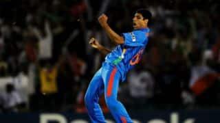 Zaheer Khan praises Ashish Nehra, calls him 'youngster'