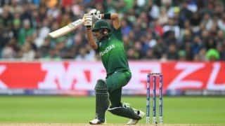 पाकिस्तान ने जीता टॉस, पहले बल्लेबाजी का फैसला