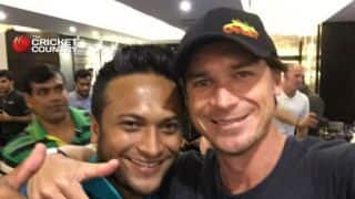 PHOTO: Shakib Al Hasan takes South Africa team out for dinner