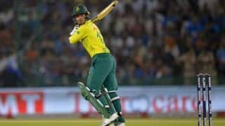 India overcome dominating de Kock start to keep South Africa to 149/5