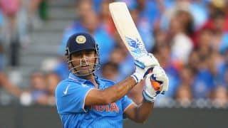 एमएस धोनी के 36* रनों की बदौलत भारत ने बनाया 147/7 का स्कोर, इंग्लैंड को 148 का लक्ष्य