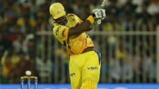 Chennai Super Kings lose Dwayne Smith but in command of run-chase against Royal Challengers Bangalore in IPL 2014