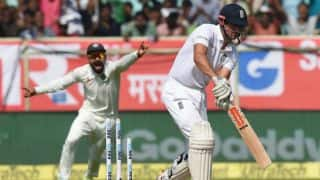 England trail India by 421 runs at tea on Day 2 of 2nd Test
