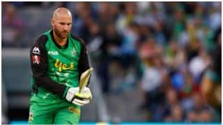 Big Bash League, 2017-18: John Hastings survives nasty head knock, Watch Video