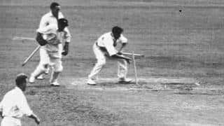 Ashes 1950-51: 130 runs, 20 wickets in a single day's play of insane declarations