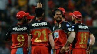 IPL 2018: मुंबई को 14 रनों से हरा बैंगलोर ने बरकरार रखी प्लेऑफ में पहुंचने की आस