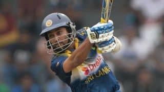 Sri Lanka lose two quick wickets after rain break