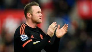 Rio Ferdinand: Wayne Rooney can save Manchester United's manager Louis van Gaal from being sacked