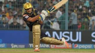 Manish Pandey dismissed for 21 by Dhawal Kulkarni against Rajasthan Royals in IPL 2015
