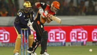Sunrisers Hyderabad score 160/7 in crucial IPL 2014 clash against Kolkata Knight Riders