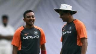India batting coach Sanjay Bangar in Sydney to help Test specialists