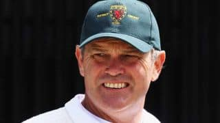 Martin Crowe suffers relapse of cancer