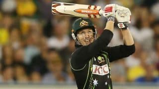 Australia reach 195/6 in 20 overs