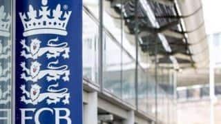 दो पूर्व अंपायरों ने इंग्लैंड क्रिकेट बोर्ड पर किया मुकदमा, नस्लीय भेदभाव का आरोप
