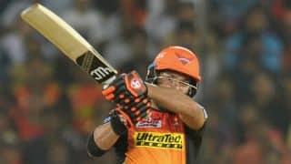 IPL 2017: Yuvraj Singh, Moises Henriques fire SRH to a formidable 207/4 vs RCB