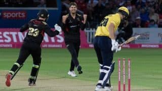 Vitality T20 Blast: Colin Ackermann takes 7/18 to set T20 bowling record as Leicestershire Foxes win