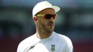 जिम्बाब्वे के खिलाफ चार दिवसीय टेस्ट मैच से बाहर हुए फाफ डु प्लेसी