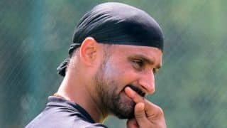 Harbhajan lashes out at media for misquoting his statement on Dhoni