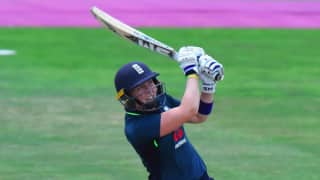 Heather Knight steers England Women to two-wicket warm-up win