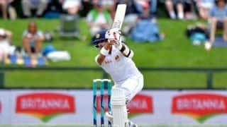 Kusal Mendis and Dinesh Chandimal take Sri Lanka to lunch unscathed