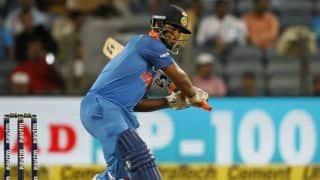 रिषभ पंत ने एक हाथ से जड़ा न्यूजीलैंड के तेज गेंदबाज को छक्का