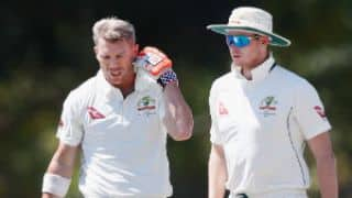 Warner retires hurt after being struck by Hazlewood-bouncer