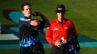 World T20: Kiwis take crucial wickets