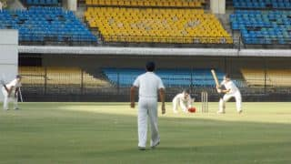 Hyderabad inch closer to Jharkhand's score