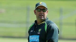 Darren Lehmann introduces cricket tool at son's school