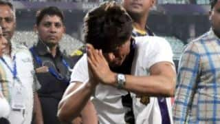 Shah Rukh Khan given Message to KKR, in the middle of shower