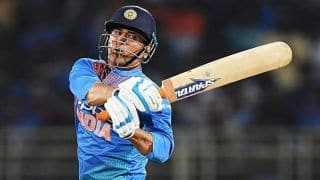 Vizag surface tough even for player like him: Maxwell defends Dhoni