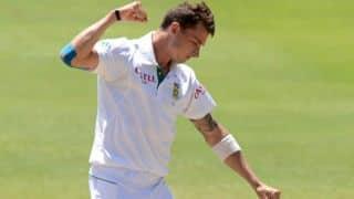 Michael Clarke admits Australia were outclassed by Dale Steyn's bowling in 2nd Test