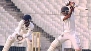 Bengal humiliate defending champions Gujarat