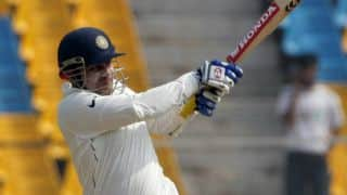 When Virender Sehwag Could not hit a single boundary while playing whole session in Adelaide Test