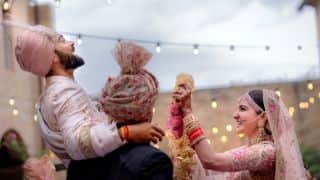 Watch Harbhajan Singh, Shahrukh Khan dance at Virat Kohli, Anushka Sharma reception