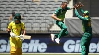 Pacers shine as South Africa thrash Australia by six wickets in first ODI