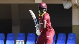 T10 लीग में बल्लेबाज ने 34 गेंद पर ठोका शतक, लगातार 5 छक्के जड़े