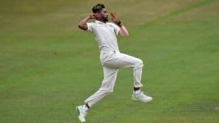 मोहम्मद सिराज ने की शानदार गेंदबाजी, बैकफुट पर दक्षिण अफ्रीका ए