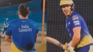 '39 साल के नौजवान': धोनी-वाटसन ने नेट्स में गेंदबाजों की धुनाई की