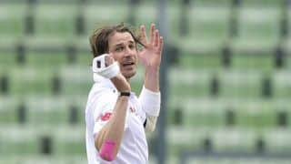 Video: Dale Steyn rattles Sri Lanka with pace and swing