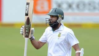 Hashim Amla completes 6,000 runs in Tests