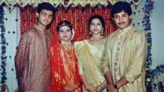 PHOTO: Sourav Ganguly with his wife Dona and brother Snehashish