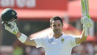 Dean Elgar joins Desmond Haynes; 2nd cricketer to carry bat thrice