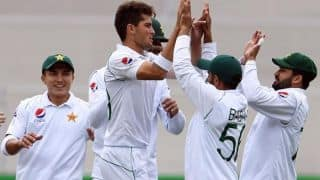 Pak Bowling Coach Younis Request ICC to Standardise 'One Brand' of Ball For Test Cricket